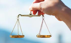 利益とリスクの天秤