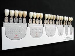 歯の色に合わせて様々な色のCRがある